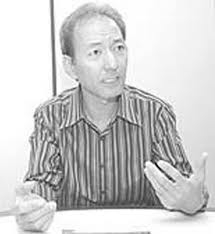 Professor Cláudio Furukawa