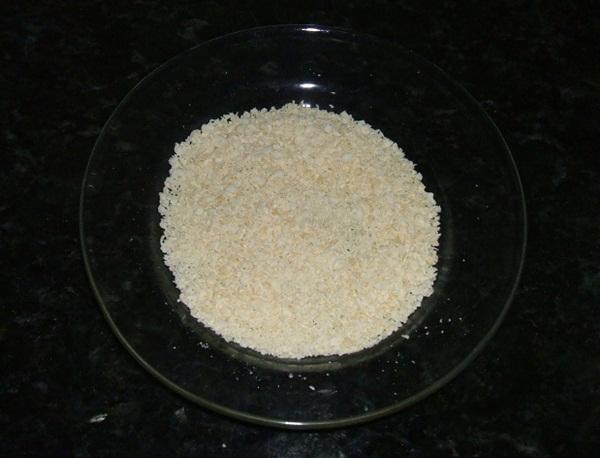 Bolo de leite condensado e chocolate branco - 2° passo